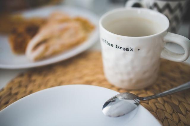 coffee-cup-mug-spoon-large